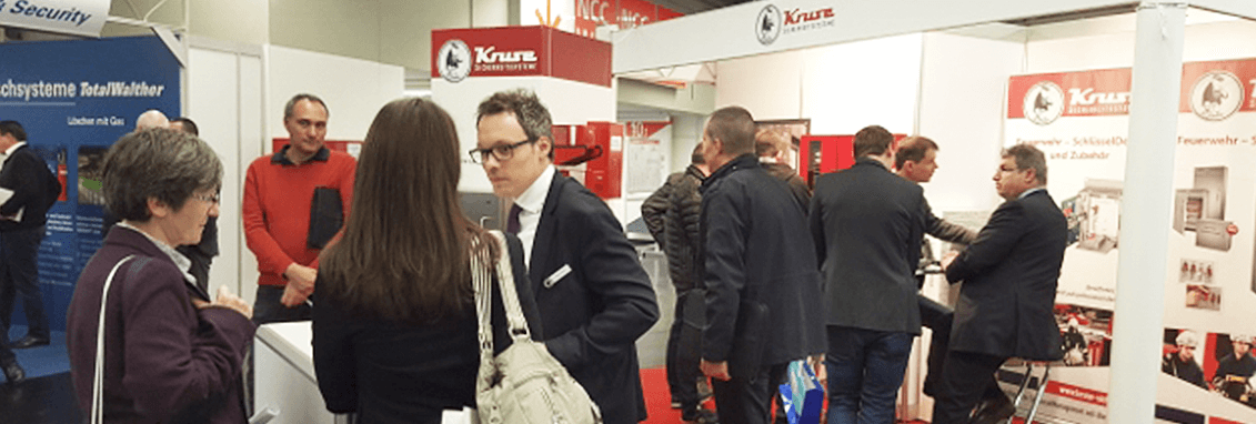 Personen am KRUSE Messestand